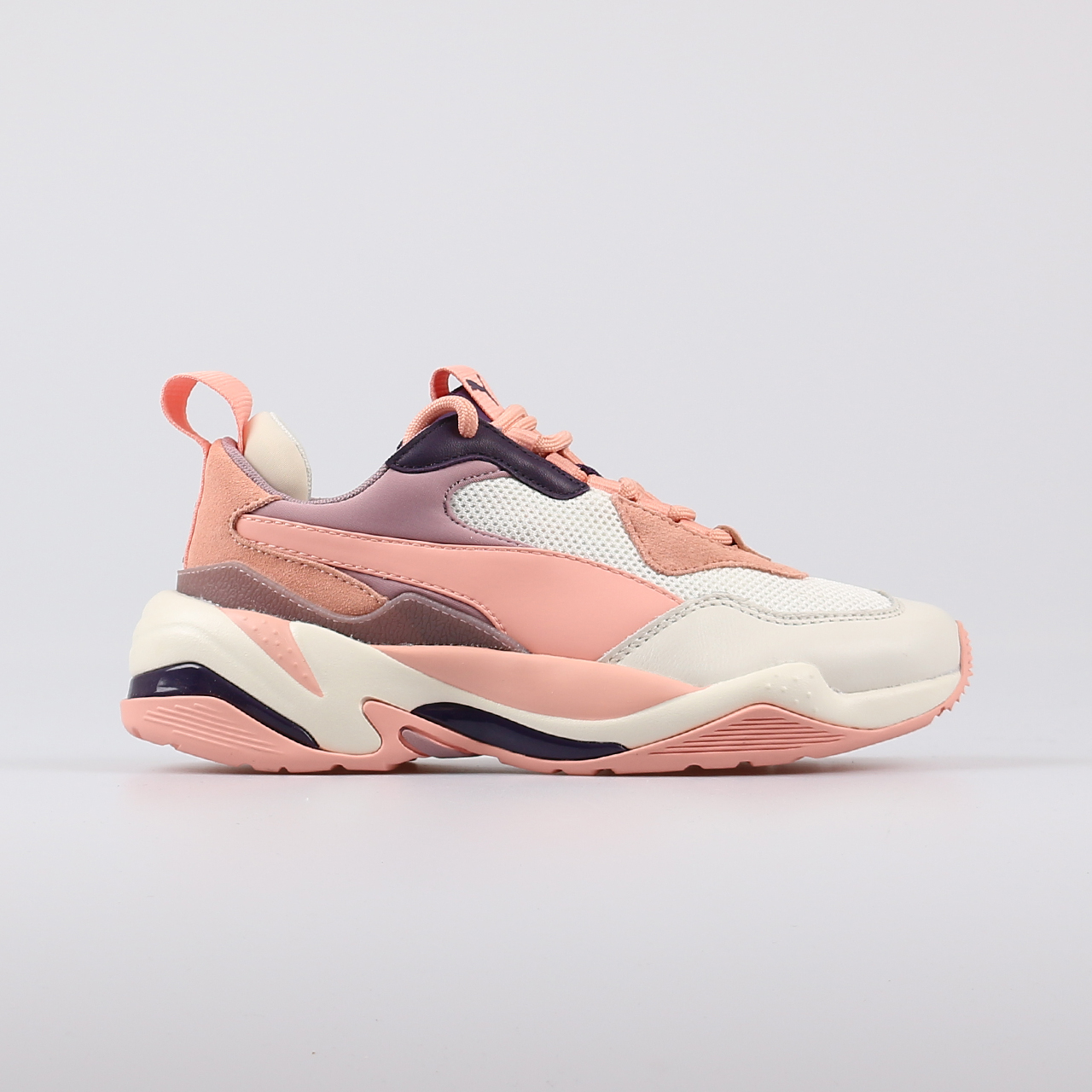 c0ef8ab8213 Home / New Arrivals / PUMA Thunder Spectra Sneakers Dames